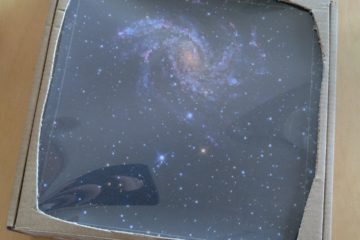 cardboard view screen showing stars